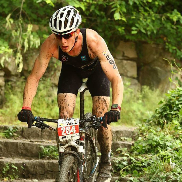 Gelenkzentrum Chemnitz - Jonas Held Vizeeuropameister Junioren Cross Triathlon 2015